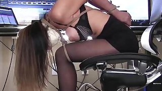 slave blowjob bdsm