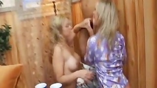 big-tits blonde blowjob brunette big-cock cumshot facials fuck gang-bang