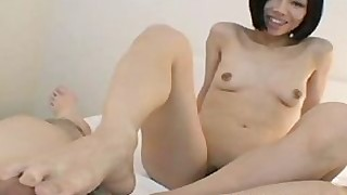 big-cock cougar foot-fetish japanese milf